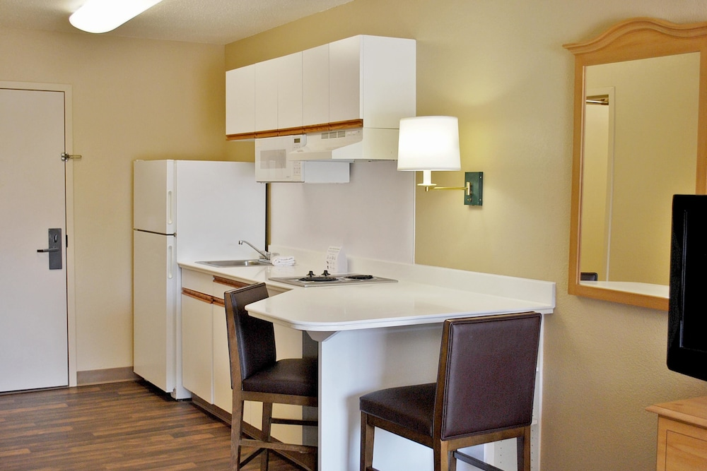Private Kitchen, Extended Stay America - Atlanta - Marietta - Powers Ferry Rd
