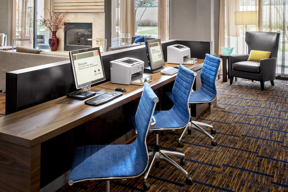 Business Center, Courtyard by Marriott Parsippany