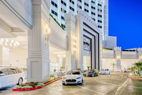 Great Place to stay Crowne Plaza Hotel Los Angeles Commerce Casino near Commerce