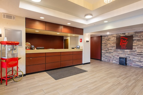 Red Roof Inn & Suites Indianapolis Airport
