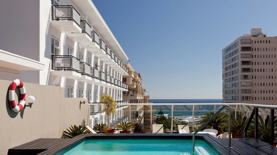 Protea Hotel by Marriott Cape Town Sea Point
