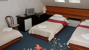 Minibar, in-room safe, iron/ironing board, free cots/infant beds