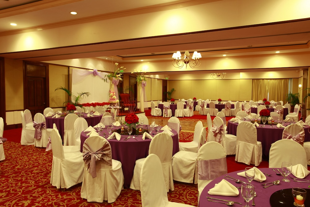 Banquet Hall, Waterfront Airport Hotel & Casino