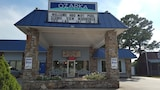 Ozarka Lodge - Eureka Springs Hotels