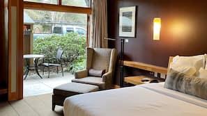 Premium bedding, down comforters, minibar, in-room safe