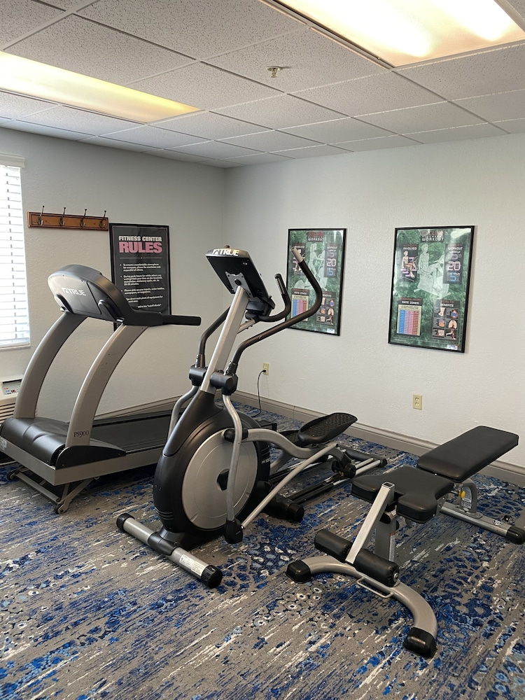 Fitness Facility, Best Western Tampa