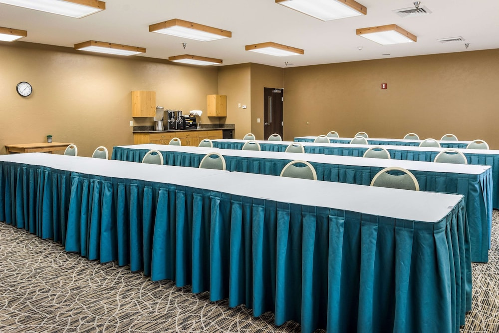 Meeting Facility, La Quinta Inn & Suites by Wyndham Eugene