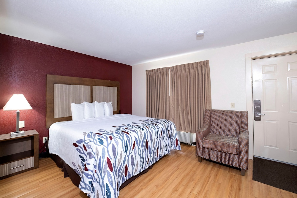 Red Roof Inn Neptune Jersey Shore In Red Bank Tinton Falls Hotel Rates Reviews On Orbitz