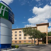 Holiday Inn Express Hotel & Suites Plant City, an IHG Hotel