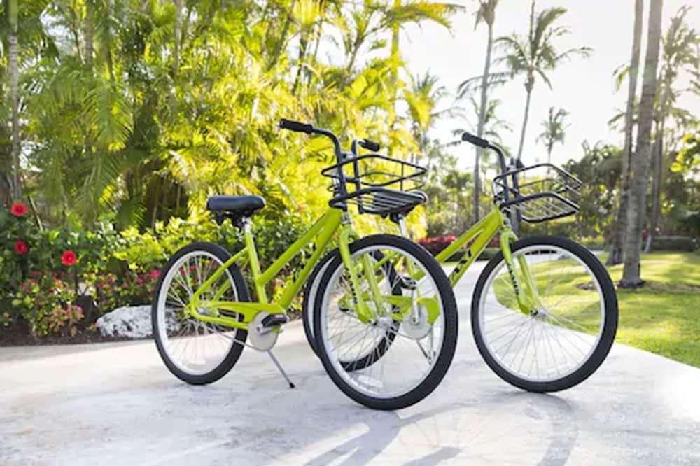 Bicycling, The Ocean Club, A Four Seasons Resort, Bahamas