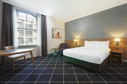 Holiday Inn Darling Harbour