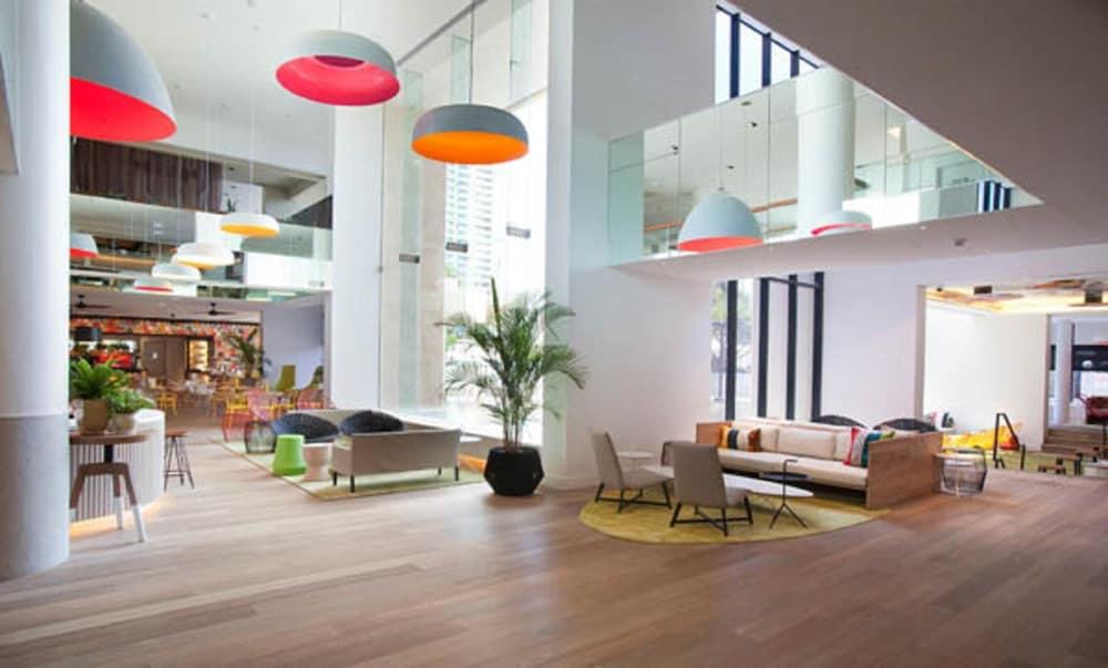 Qt Gold Coast 2017 Room Prices Deals Reviews Expedia