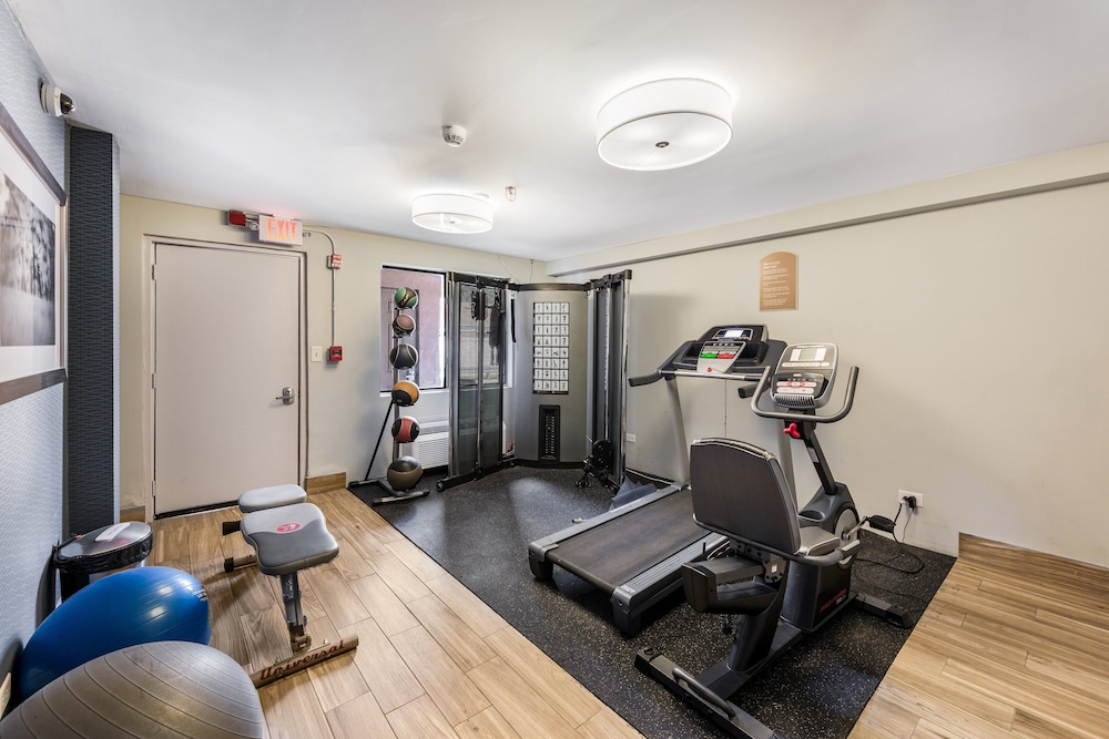 Fitness Facility, Red Roof Inn Morton Grove