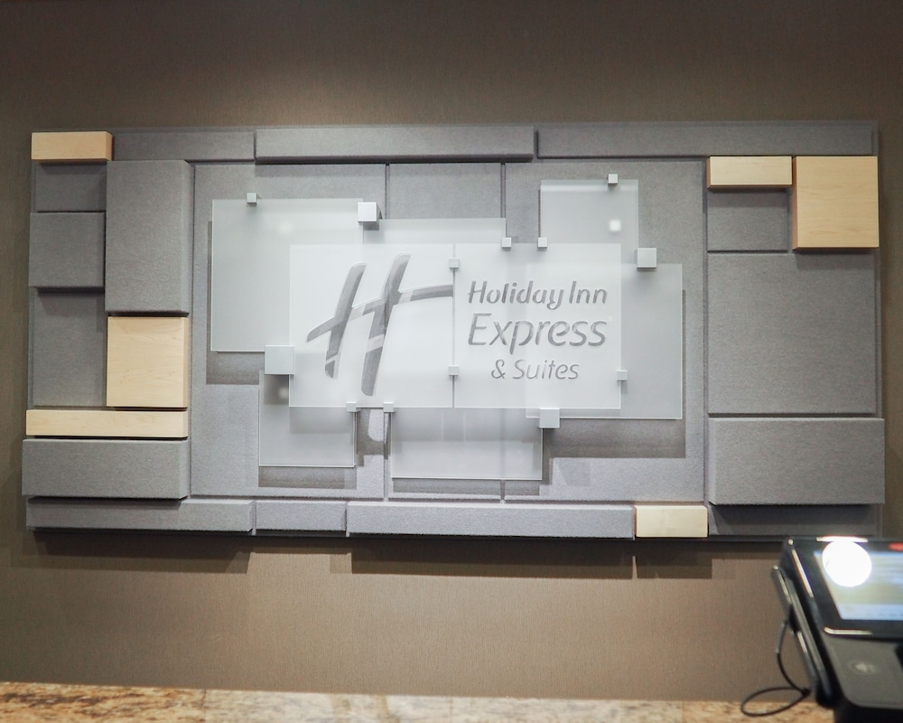 Book Holiday Inn Express & Suites Blacksburg - University Area ...