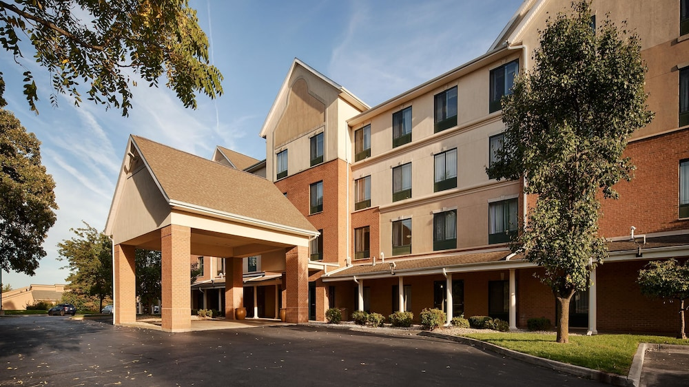 Front of Property, Best Western Plus Kalamazoo Suites
