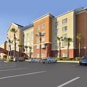 Comfort Inn & Suites Convention Center