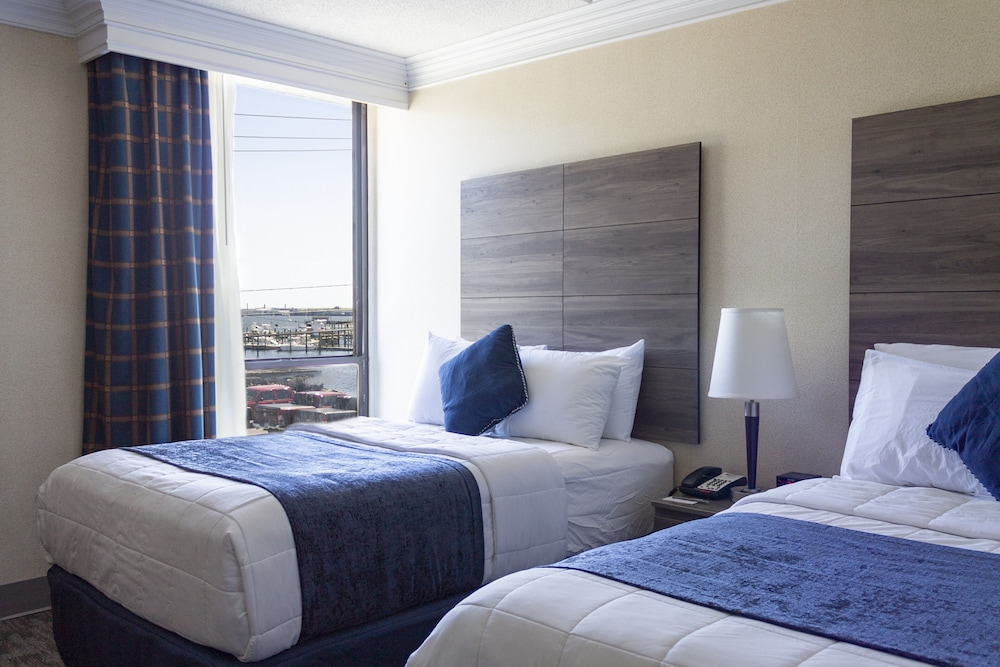 Room, Seaport Inn & Marina