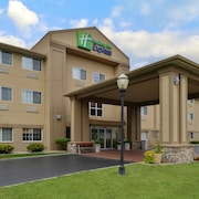 Holiday Inn Express & Suites St Joseph