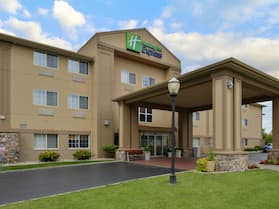 Holiday Inn Express & Suites St Joseph, an IHG Hotel
