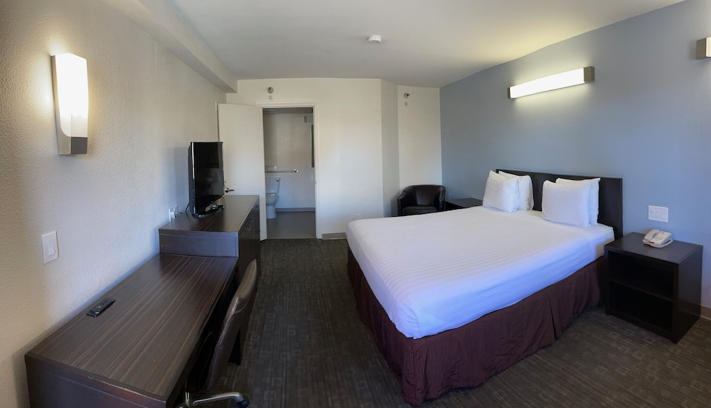 Room, Motel 6 San Diego, CA – near Sea World