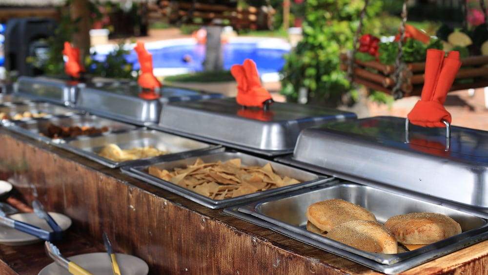 Snack Bar, Flamingo Vallarta Hotel & Marina