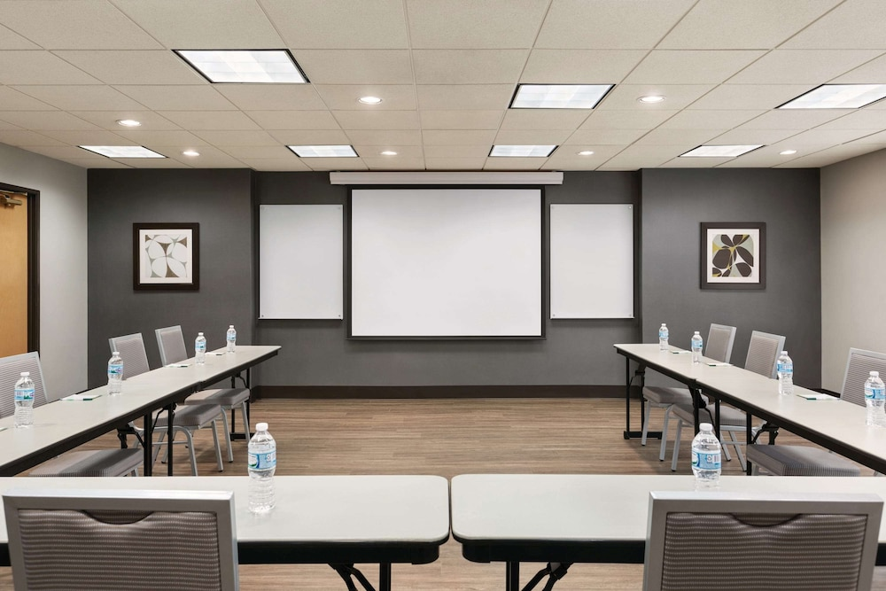 Meeting Facility, Wingate by Wyndham - Cincinnati - Blue Ash