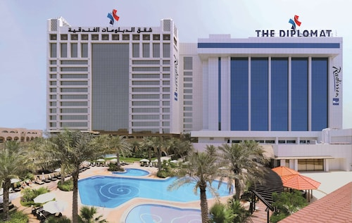 The Diplomat Radisson BLU Hotel, Residence & Spa
