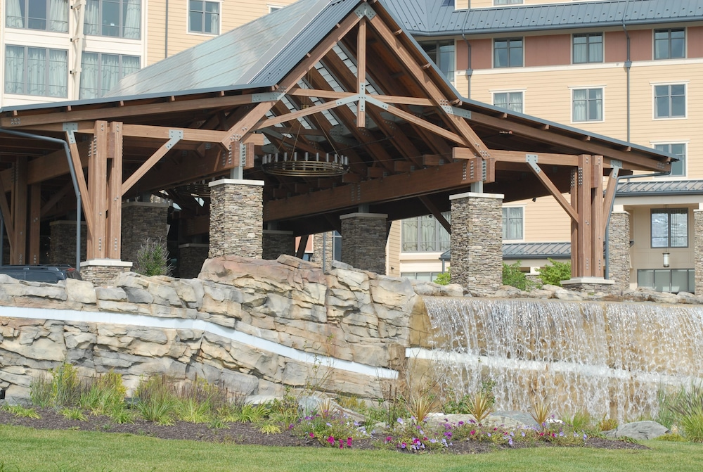 Property Entrance, Mount Airy Casino and Resort