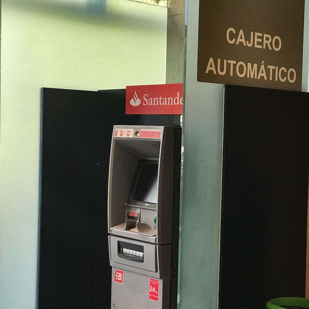 ATM/Banking On site, Hilton Buenos Aires