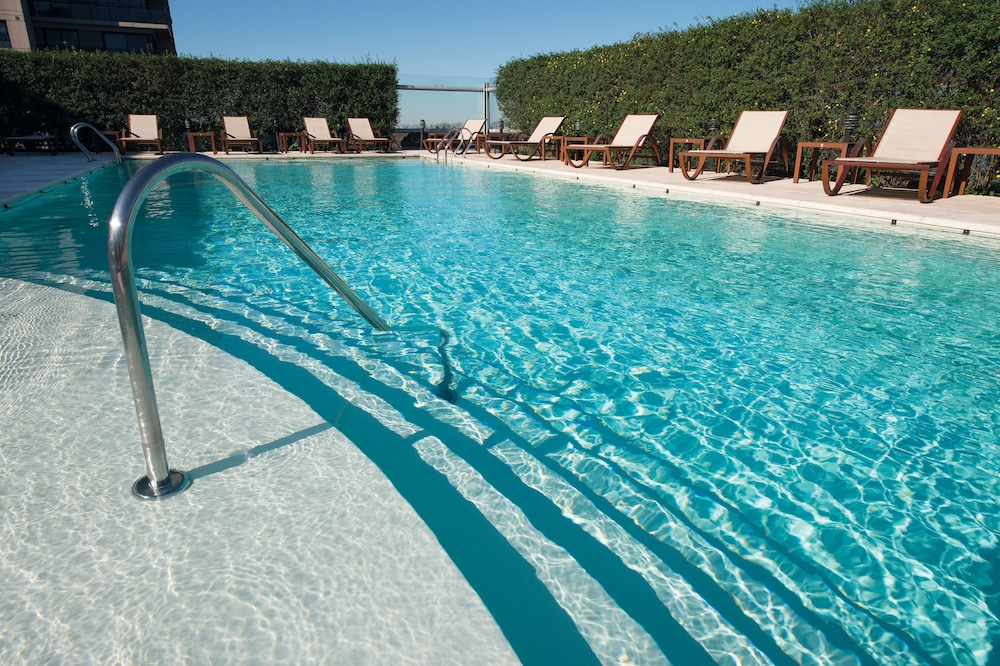 Outdoor Pool, Hilton Buenos Aires
