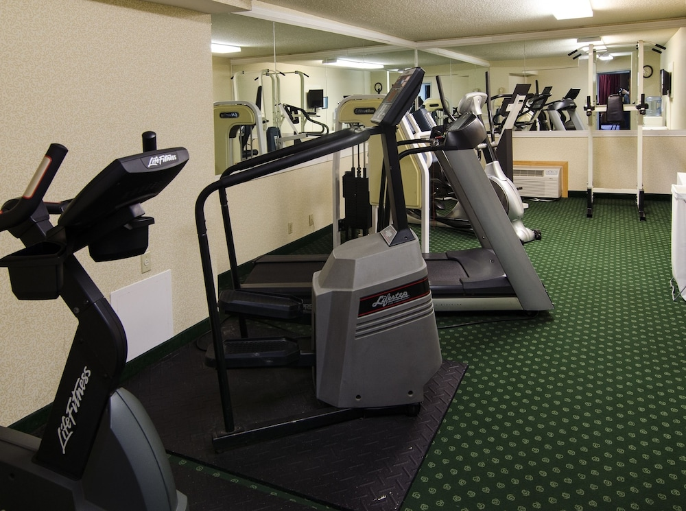Gym, Ramada by Wyndham Angola/Fremont Area