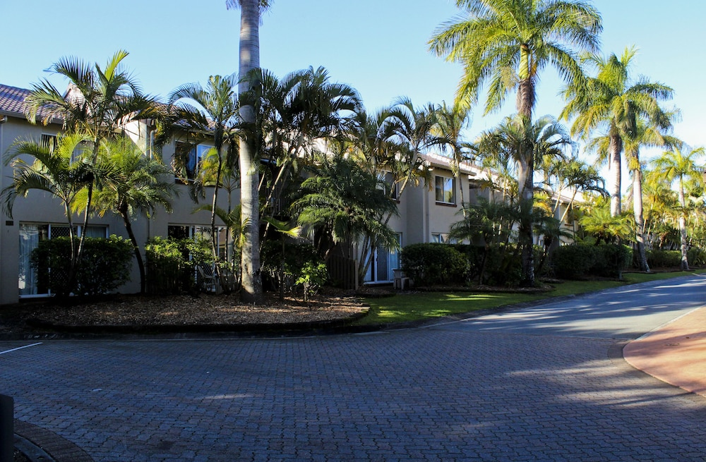 Exterior, Oaks Sunshine Coast Oasis Resort