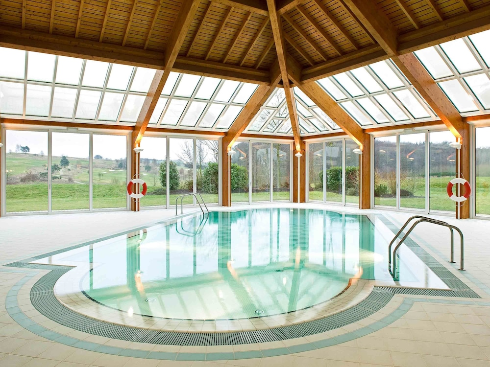 Mercure kikuoka golf club hotel moselle luxembourgeoise for Piscine couverte luxembourg