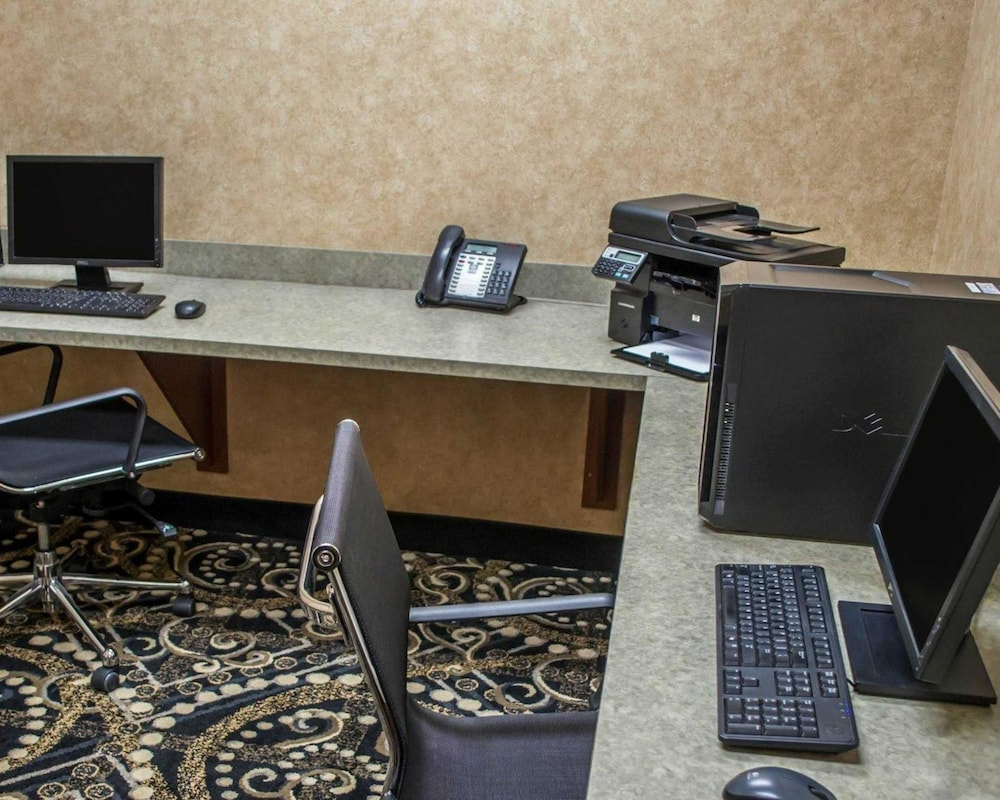 Business Center, Comfort Suites Southwest
