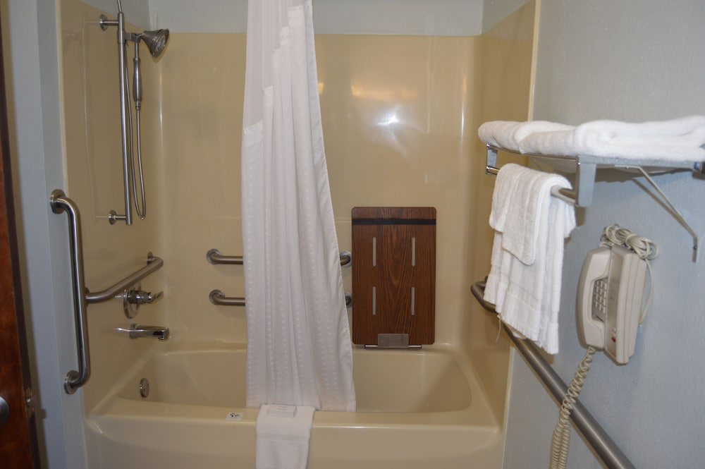 Bathroom Shower, Comfort Inn & Suites