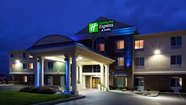 Holiday Inn Express Hotel & Suites Cincinnati-Blue Ash, an IHG Hotel