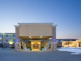 Holiday Inn Express & Suites Lexington, an IHG Hotel