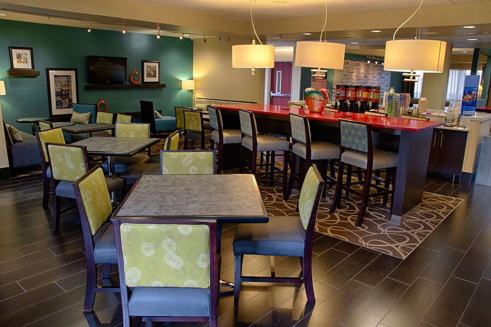 Restaurant, Hampton Inn Dayton/Huber Heights