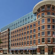 Hampton Inn & Suites Columbus Downtown
