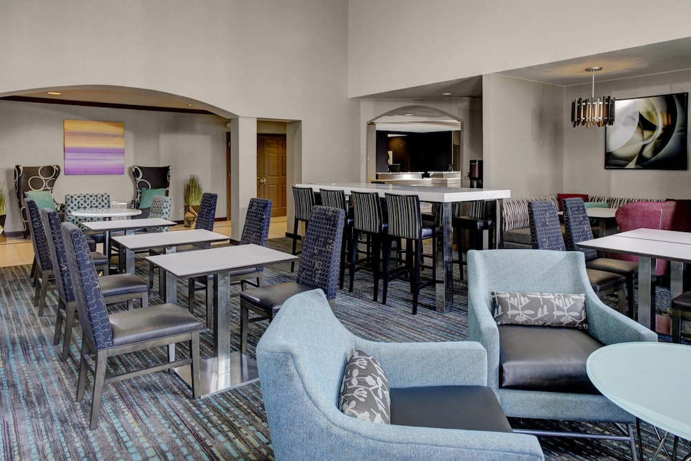 Restaurant, Residence Inn By Marriott Cleveland Mentor