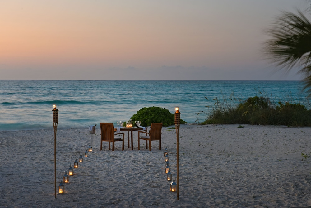 Couples Dining, COMO Parrot Cay