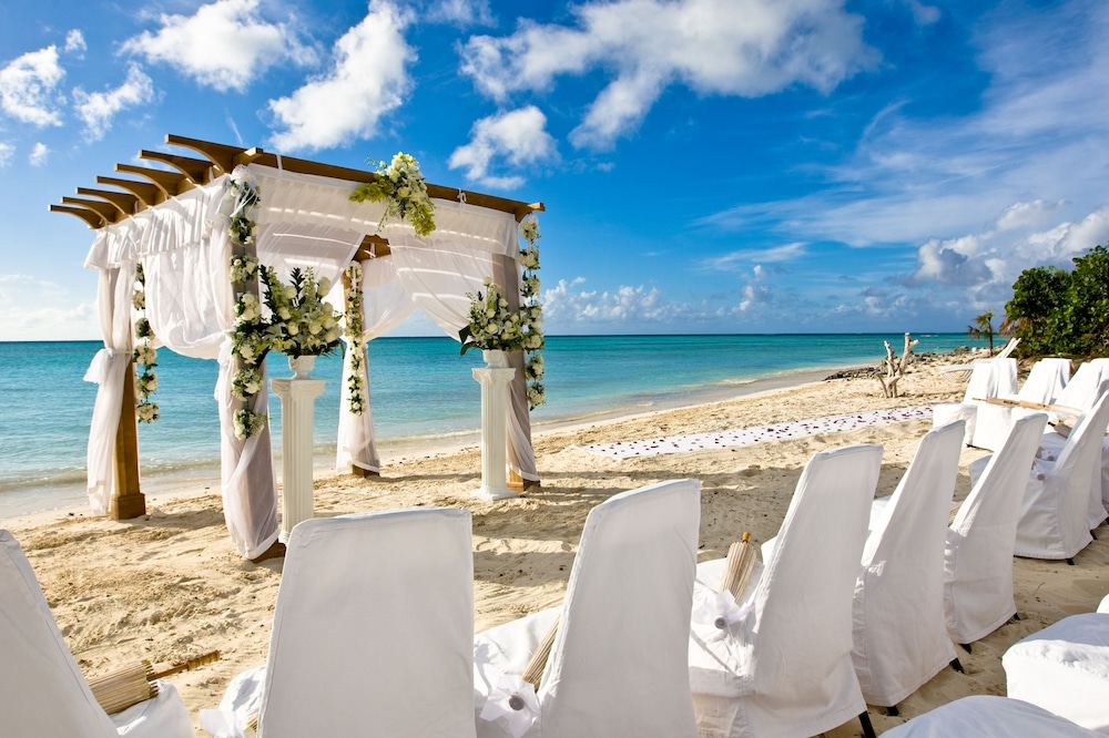 Outdoor Wedding Area, COMO Parrot Cay