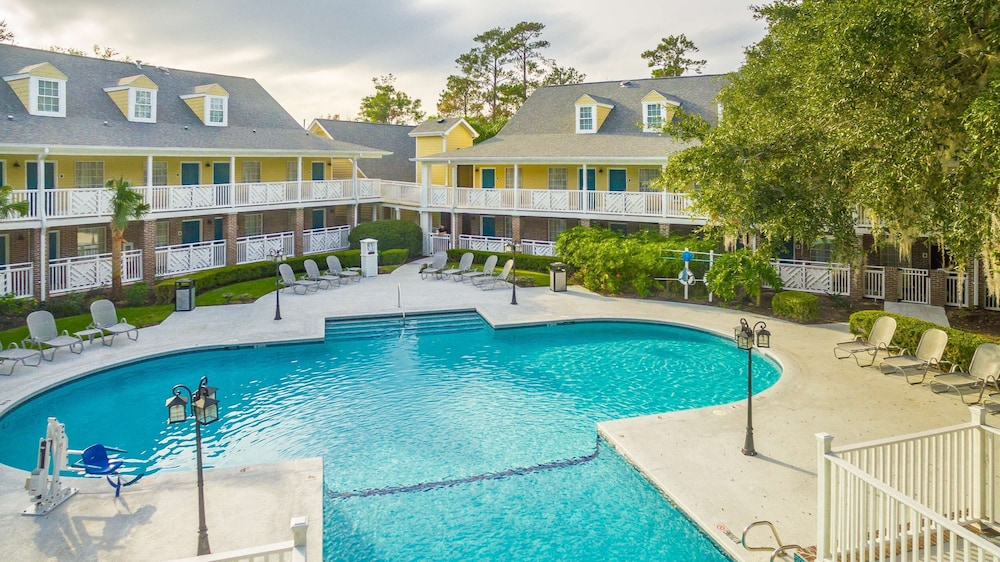 Pool, Best Western Plus St. Simons
