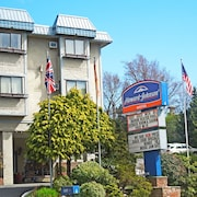 Howard Johnson Hotel - Victoria City Centre