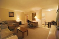Family Kitchenette Suite, 2 Double Beds in separate room, 2 Sofabed in living area, non smoking