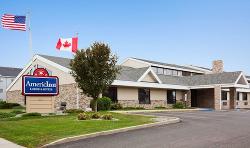AmericInn by Wyndham Fargo West Acres
