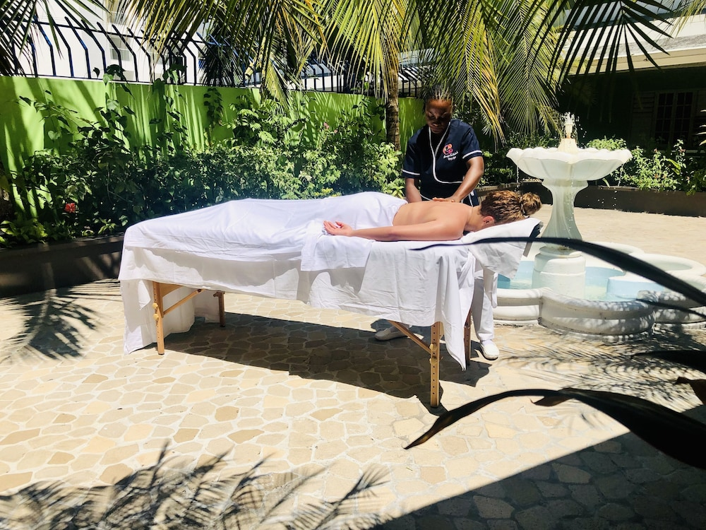 Massage, Deja Resort All Inclusive