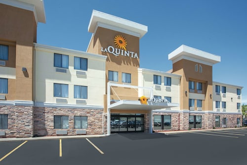 La Quinta Inn & Suites by Wyndham Cedar Rapids