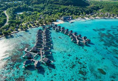 Sofitel Kia Ora Moorea Beach Resort