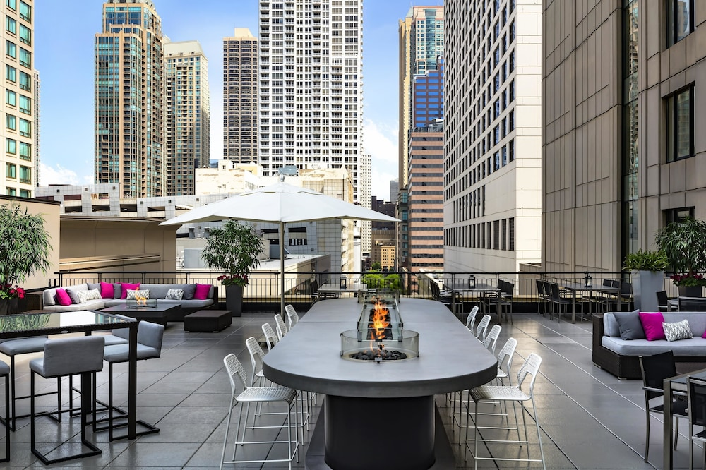 Book the gwen a luxury collection hotel michigan avenue for Avenue hotel chicago